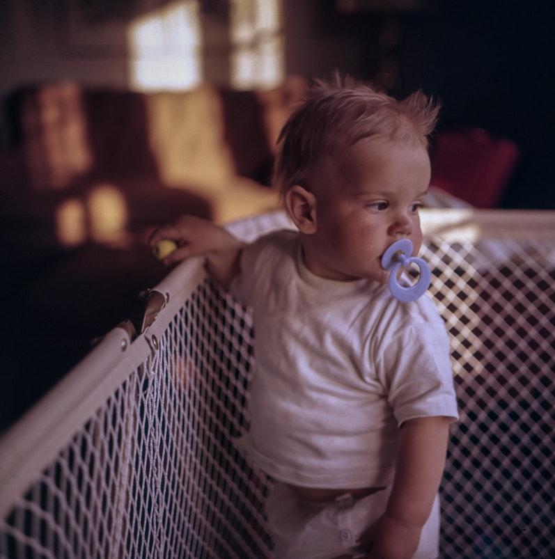 Niemowlę w upały. Jak przeżyć upały z dzieckiem?