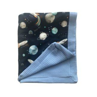 Kocyk wafelkowy niebieski dla chłopca kosmos