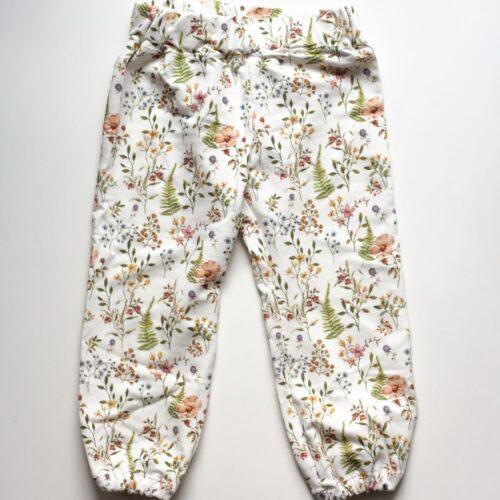 spodnie dresowe dla dziewczynki w polne kwiaty