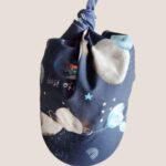 chusteczka z daszkiem granatowa dla chłopca